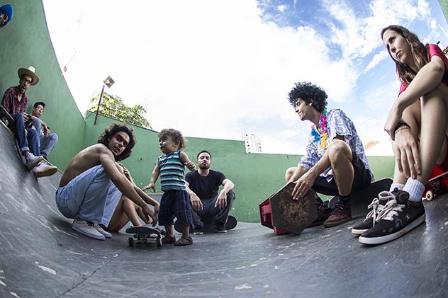 Bloco Rema fazendo o som do vídeo. Foto: Camilo Neres.
