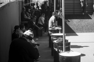 Galera curtindo a sessão de skate, foto: Camilo Neres.