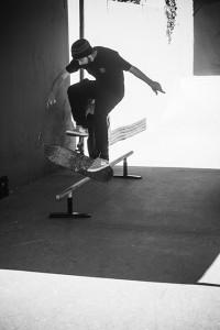 Guilherme França 360 flip board, foto: Camilo Neres.