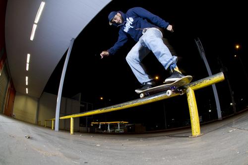 Igor Calixto Fakie BS Switch Smith na City Lar, Foto: Camilo Neres.