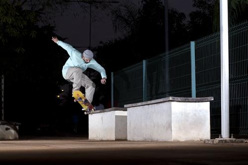 Igor Calixto Bs Nollie to Swith Fs Crooked na Orla Morena, Foto: Camilo Neres.
